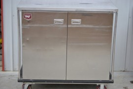 DINEX TMP STAINLESS STEEL TRANSPORT / HOLDING CABINET