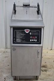 WELLS FAE 55FS ELECTRIC FRYER w/ FILTER SYSTEM